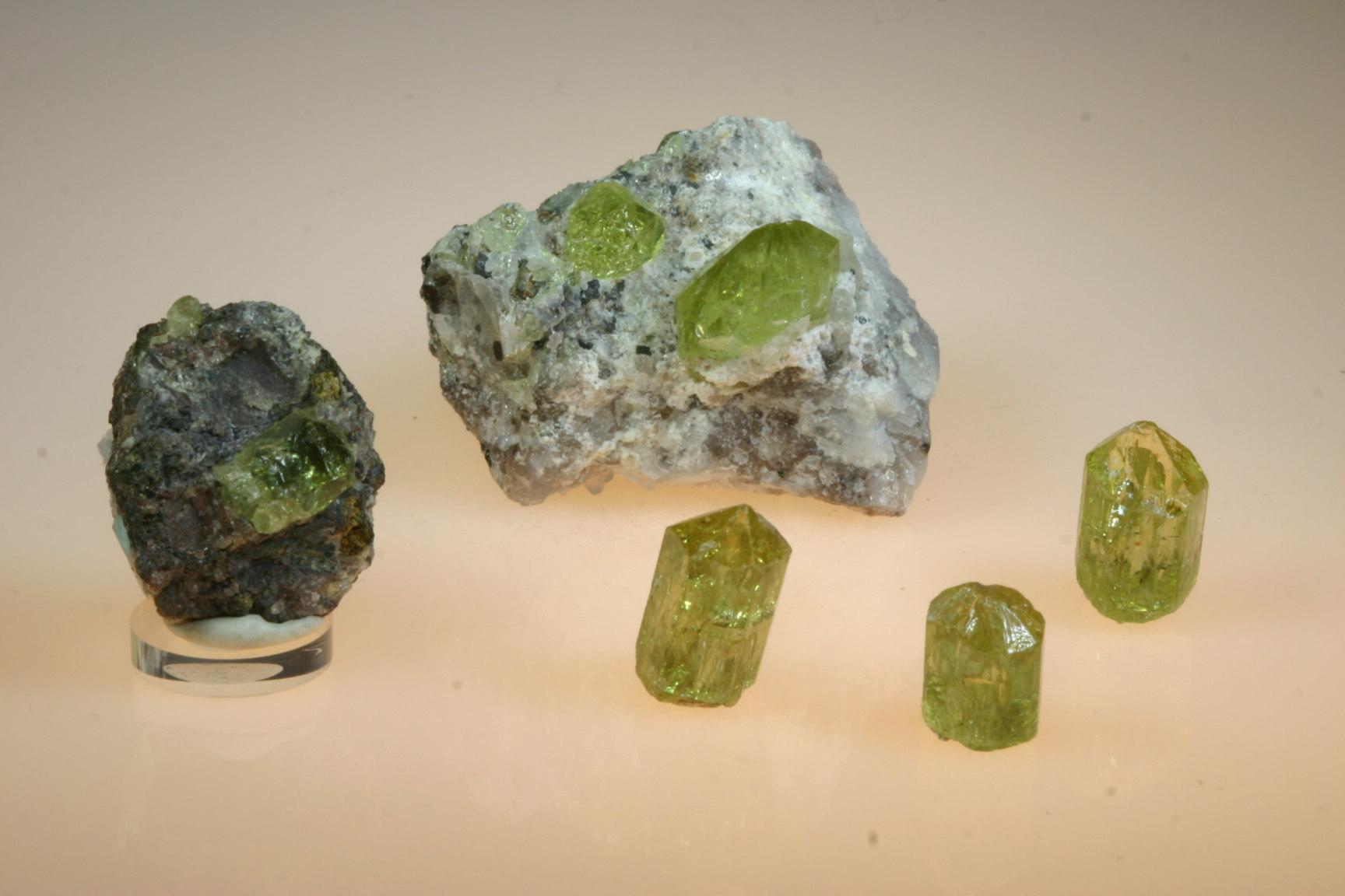 Gele Apatiet - Lichtpuntje Kristallen | 1728 x 1152 jpeg 175kB