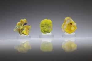 smithsoniet geel